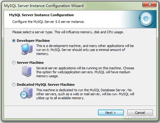 """第三步:选择服务器类型,""""Developer Machine(开发测试类,MySQL占用资源很少)""""、""""Server Machine(服务器类型,MySQl占用资源较多)""""、""""Dedicated MySQL Server Machine(专门的数据库服务器,MySQL占用所有可用资源)"""",大家根据自己的类型选择了,一般选""""Server Machine"""",不会太少,也不会占满。  第四步:选择MySQL数据库的大"""